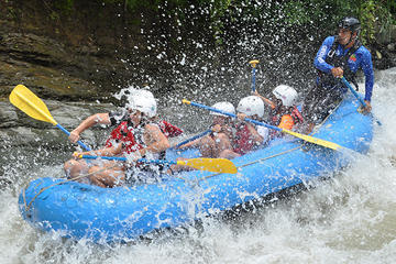 White Water Rafting Naranjo half day tour