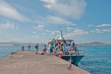 Barco a la Isla de Lobos desde...