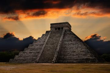 Chichen Itza and Cenote Amazing Tour from Cancun