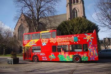 Recorrido turístico en autobús con paradas libres por la ciudad...