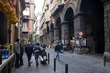 Street Food Experience: Walking Tour in Naples Historic Centre