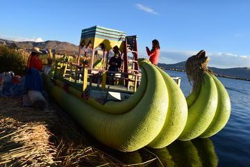 Inseln Uros und Taquile mit dem Schnellboot