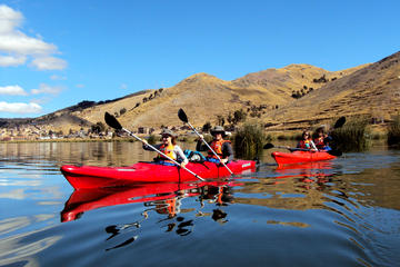 Kayak from Puno to Uros island and ...