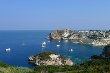 Ponza and Palmarola Boat Tour from Terracina with Lunch