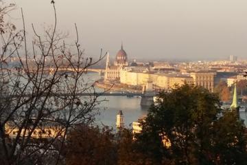 Recorrido privado por la ciudad de Budapest en coche