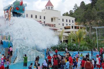 Full Day Bukit Gambang Theme Park Tour