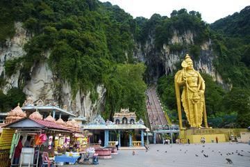 Kuala Lumpur Private Tour to Batu Caves Hotsprings And Waterfalls