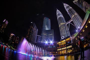 Night Tour with Admission to Petronas Twin Towers Observation Deck...