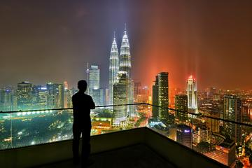 Private Day Kuala Lumpur Photographic Tour With  Petronas Twin Towers and Batu Caves