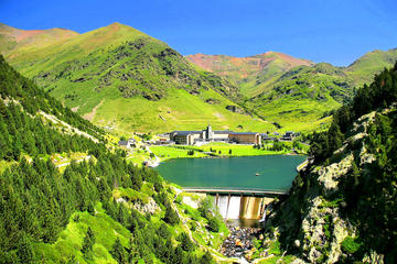 Pyrenees Tour from Barcelona...