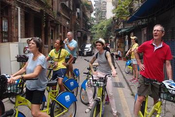 Visite guidée en vélo à la découverte...