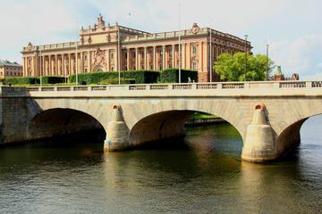 Landausflug in Stockholm: Sehenswürdigkeiten und Wasserstraßen der...