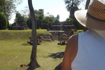 Excursión de un día a la comunidad de Uaxactún desde Flores