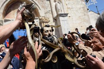 Cocullo SNAKES FESTIVAL Exclusive only every May 1st  Fullday from Rome