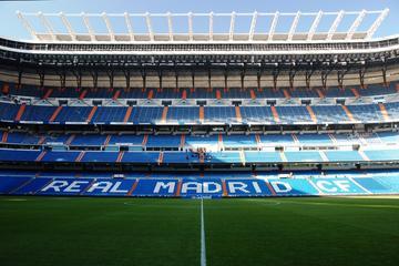 Entrada a la excursión por el estadio Santiago Bernabéu