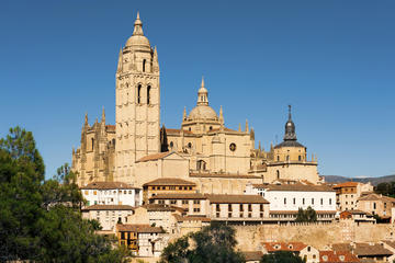 Excursão em Pedraza e Segovia com...