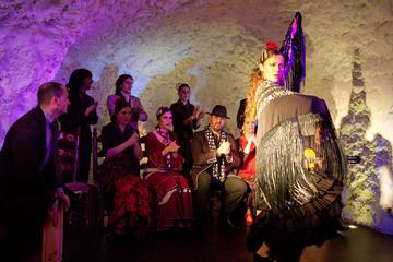 Granada flamencoshow i Albaicin med middag (valfritt)