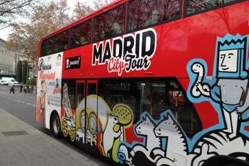 Hop-on-Hop-off-Tour durch Madrid mit optionalen Essensproben