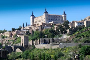 Tour combiné Madrid: excursion d'une journée à Tolède et au Palais...