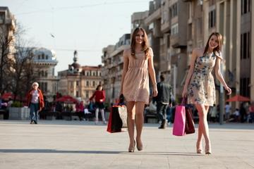 Viagem de compras independentes por...