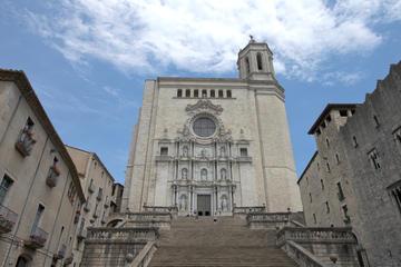 Viagem diurna guiada por Girona, saindo de Barcelona