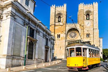 Visita guiada de 10 días de Portugal y Andalucía desde Madrid