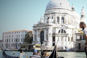Venice Grand Canal Gondola Serenade with Dinner
