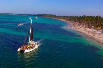 Catamaran Cruise with Snorkeling & Open Bar
