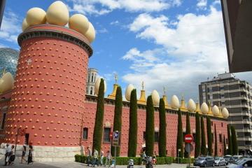 Excursão privada: Museu Salvador Dali em Figueres e excursão de um...