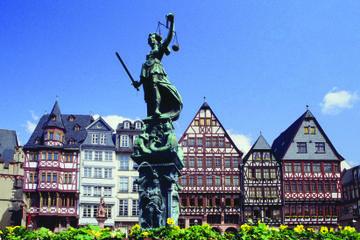 Tour di 6 giorni da Berlino a Francoforte incluse Amburgo e Hamelin