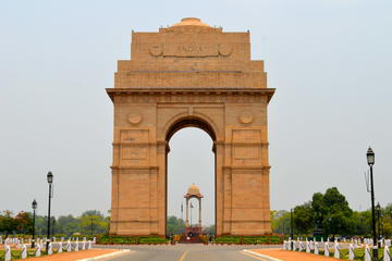 1 Day Delhi and 1 Day Agra Tour by Car - All inclusive Tour