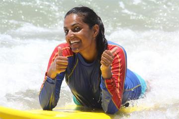 Leçon de surf à l'école de surf Cheyne Horan sur la Sunshine Coast