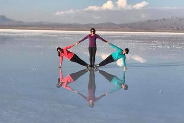 Luxury Uyuni Salt Flats 3D 2N Tour From La Paz by Flight