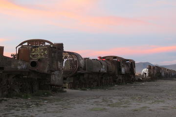 Sunset and Stargazing at Train Cemetery (Cementerio de Trenes) from Uyuni