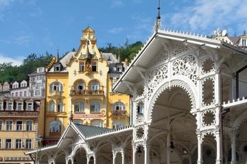 Passeio de um dia a Karlovy Vary saindo de Praga