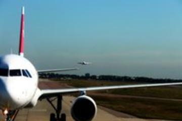 Privévervoer na aankomst op luchthaven Praag