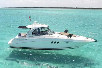 Searay Luxury Yacht in Cozumel