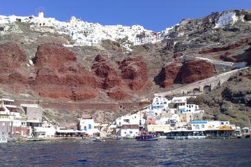 Santorini Private Tour by Luxurious Minivan for Cruise Ship Travelers
