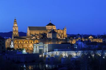 Übernachtung Córdoba Experience, inklusive Stadtrundfahrt