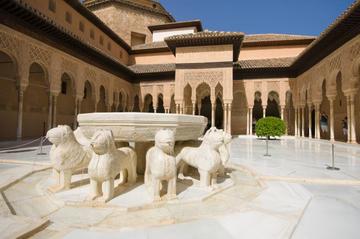 Granada: Tagesausflug einschließlich Alhambra und Generalife, ab...