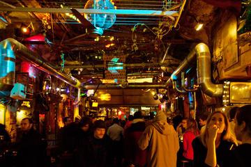 Visite privée des bars-ruines de Budapest