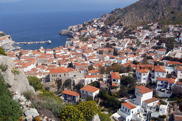 The Perfect Mix: 3-Day Private Tour of Culture, Mountain Villages & Hydra Island
