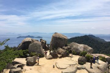 Trekking Tour of the World Heritage Miyajima