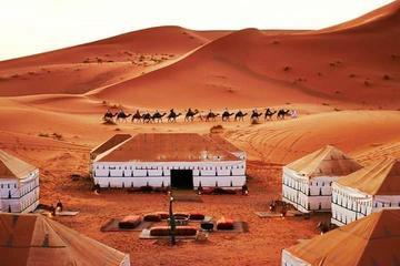 Excursión de 3 días a las dunas de Merzouga desde Marrakech con paseo...