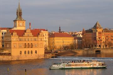 Excursão turística em Praga incluindo o cruzeiro fluvial Vltava