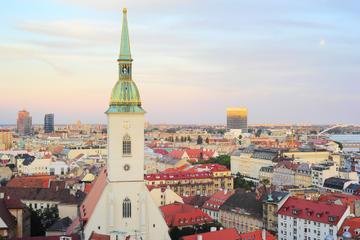 Private Round-Trip Transfer: Vienna to Bratislava