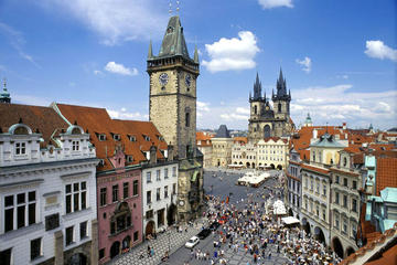 Recorrido de día completo por Praga con crucero por el río Moldaba...