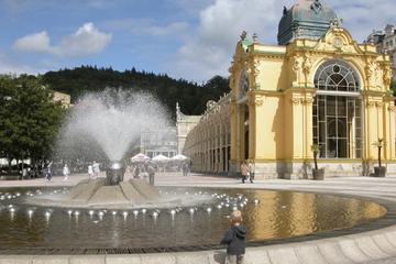 Spas Tchecos de Karlovy Vary e Marianske Lazne saindo de Praga