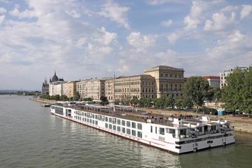 Trasferimento condiviso a Budapest: dall'hotel al molo di Budapest