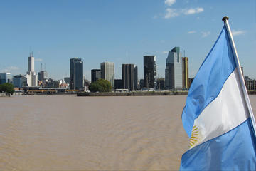 Buenos Aires Sightseeing Tour and Navigation by Río de la Plata